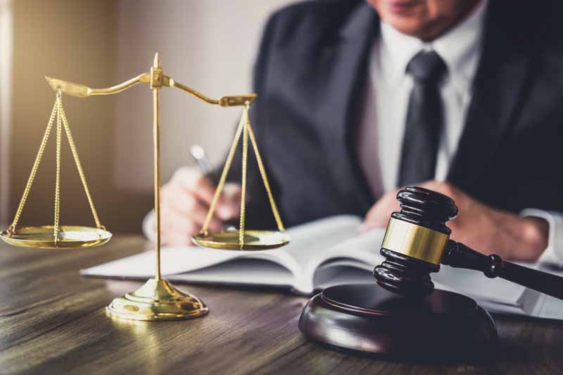 how a glendale personal injury lawyer near me can help with your case